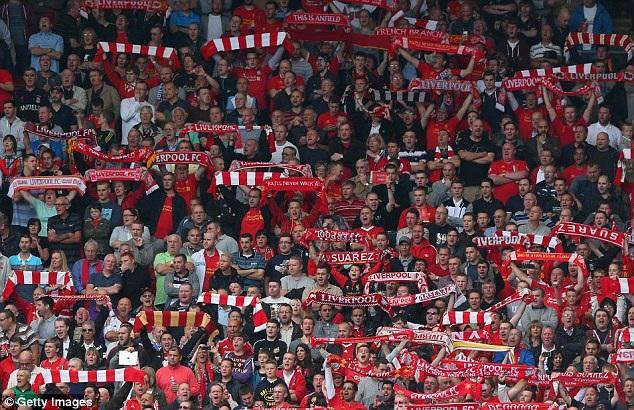 CĐV của Liverpool cũng không kém cạnh khi xếp ở vị trí thứ ba