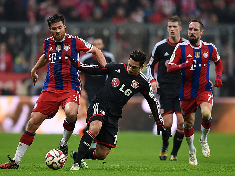 Leverkusen tạo ra nhiều khó khăn cho Bayern Munich
