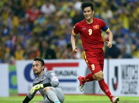 Cầu thủ Malaysia không thể hiện được sự máu lửa như Công Vinh (Ảnh: ESPN)