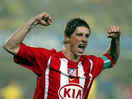 Torres trở lại Calderon sau 7 năm lưu lạc