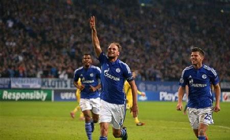 Howedes khẳng định Schalke có thể đánh bại Real Madrid