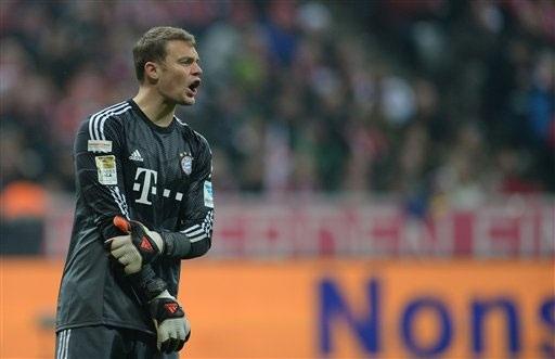 Thủ môn Neuer bất ngờ dính chấn thương