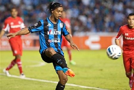Ronaldinho bị cho là rất vô kỷ luật