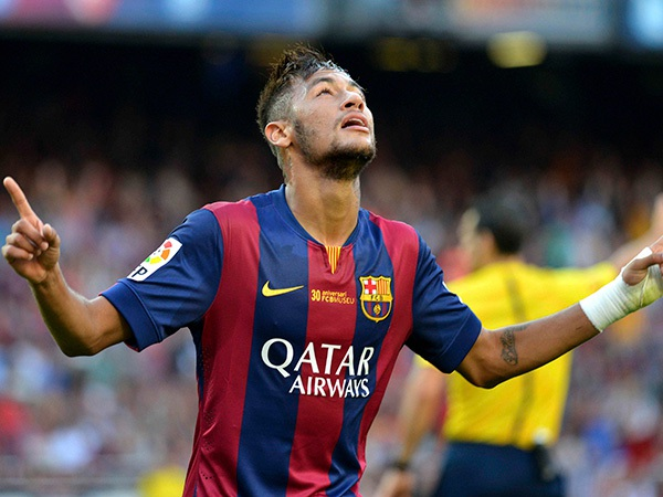 BLĐ Barca đang rất hài lòng với màn trình diễn của Neymar