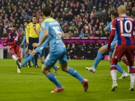 Ribery và Robben đã có một trận đấu bùng nổ
