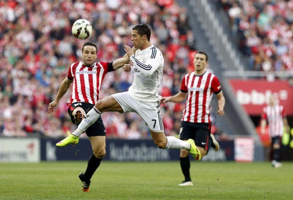 Hàng công Real Madrid thi đấu cực kỳ bế tắc. Đặc biệt là C.Ronaldo.