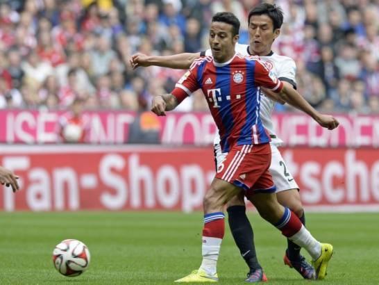 Sử dụng đội hình chắp vá, Bayern vẫn tỏ ra vượt trội đối thủ