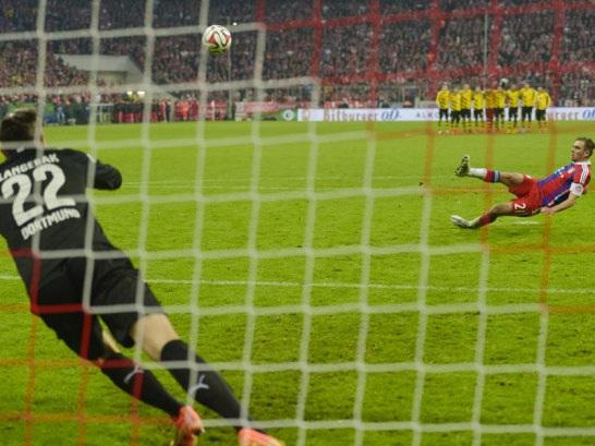 Bayern thua đau trước Dortmund sau loạt đá luân lưu