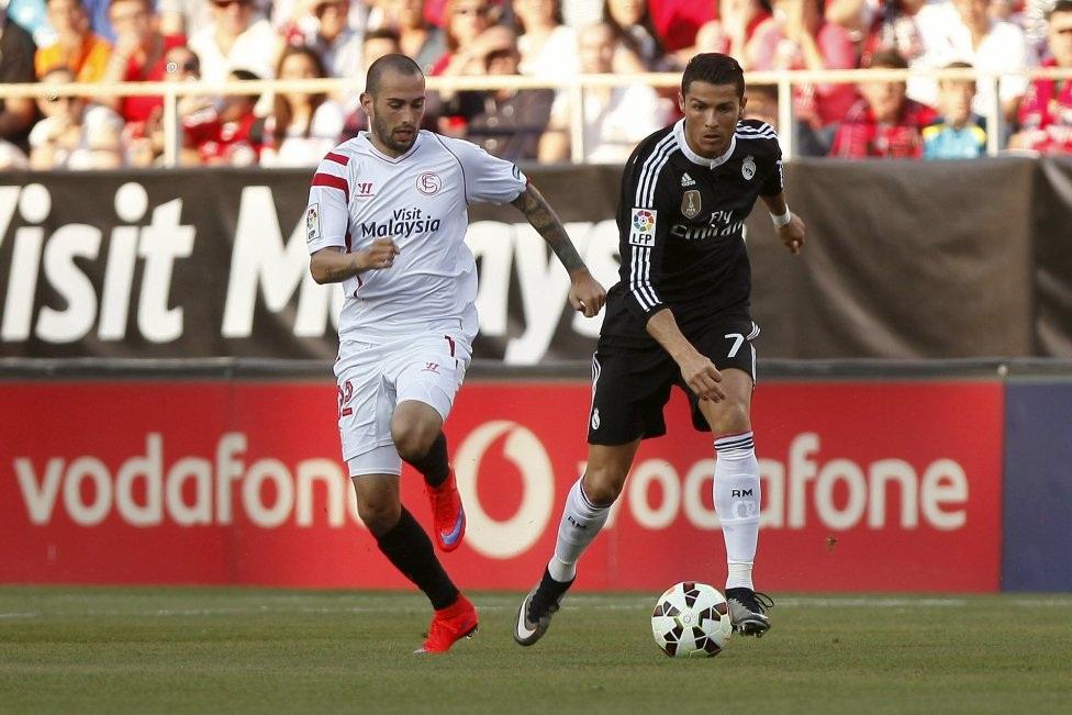 Sau màn trình diễn đáng thất vọng trước Almeria, C.Ronaldo ra sân với áp lực đè nặng trên vai.
