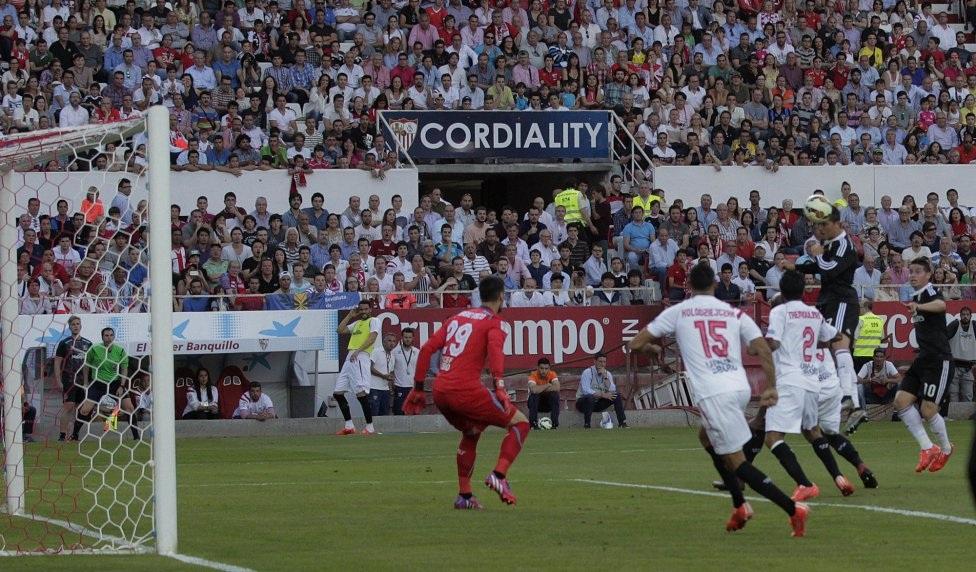 …C.Ronaldo mở tỉ số.