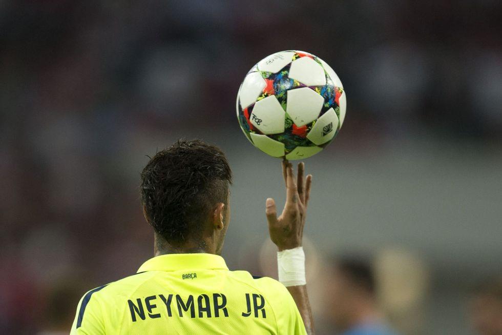 Neymar nhận được nhiều lời ca ngợi
