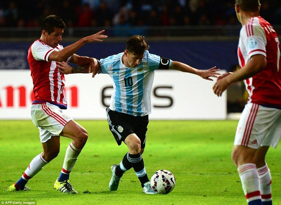 Messi phần nào thể hiện được vai trò thủ lĩnh