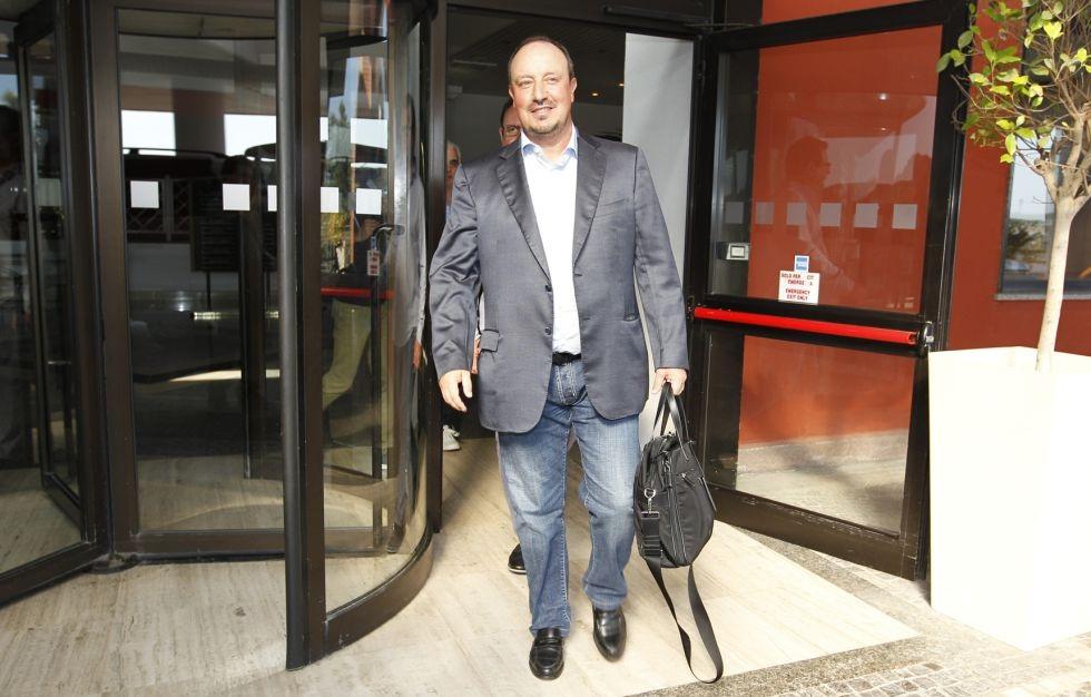 Benitez đã sẵn sàng cho việc kế nhiệm Ancelotti