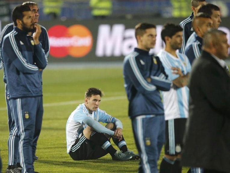 Messi thêm một lần nếm trái đắng cùng đội tuyển Argentina