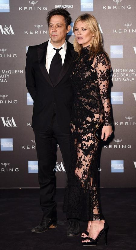Cuộc hôn nhân của Kate Moss và Jamie Hince đã tan vỡ