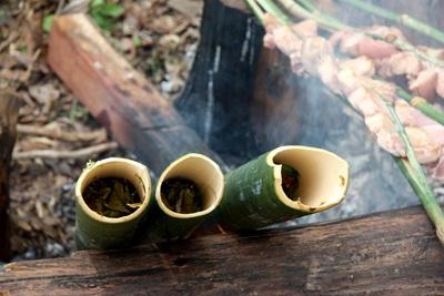 Canh lá nhíp nấu ống lồ ô