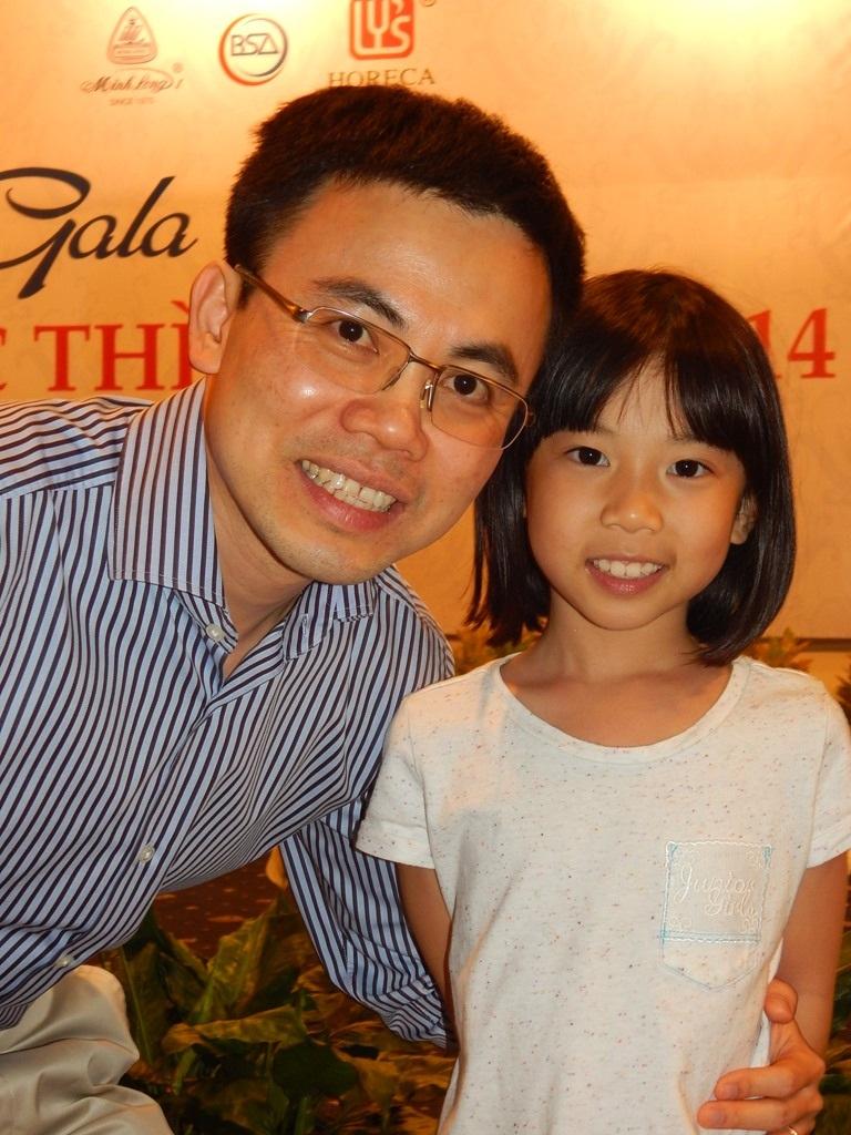 Cha và con gái, thế hệ thứ 5