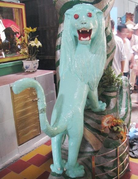 Sư tử xanh...