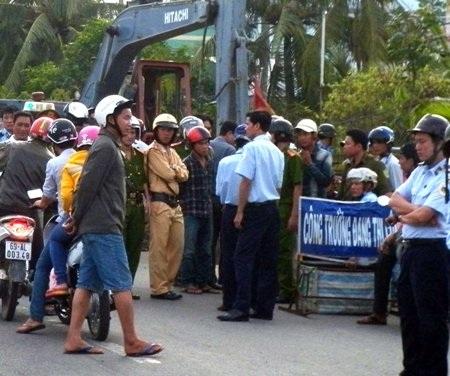 Người dân ngăn cản thi công công trình