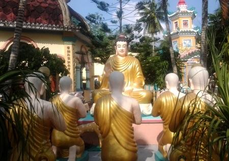 Vườn Lộc Uyển- nơi Đức Phật thuyết pháp.