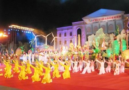Một số hình ảnh tiết mục biểu diễn văn hóa nghệ thuật tại lễ khai mạc.
