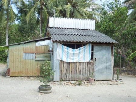 Căn nhà của hung thủ Phan Hoài Phong- nơi xảy ra vụ cháu Thắm bị hiếp, giết.