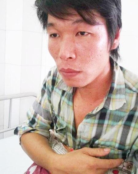 Nguyễn Chí Khảm đang điều trị tại bệnh viện.