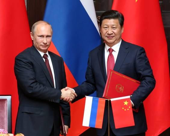 Trung Quốc đang toan tính gì sau lưng Nga?