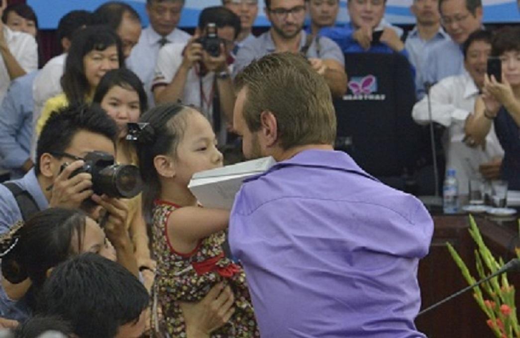 Nick Vujicic trong lần đến Việt Nam năm 2014