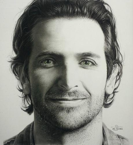 Đôi mắt là điểm thu hút nhất trong tranh vẽ của anh
