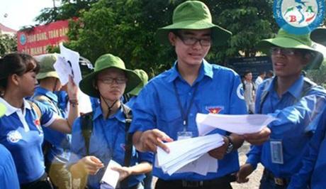 Chàng thủ lĩnh phong trào tình nguyện đến từ Bắc Giang - Bùi Văn Lâm (Ảnh: Báo Tiền phong)