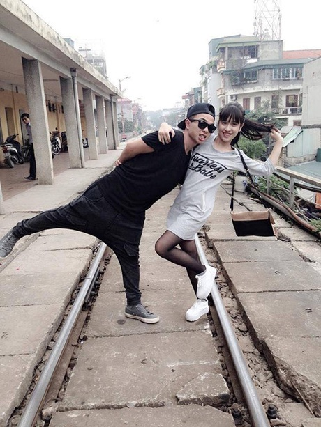 Cặp hot teen bán quần áo: Thanh Loan - Kiên Hoàng