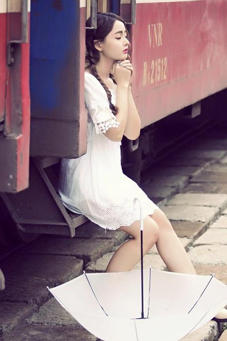 Một Lan Hương khá lạ so với hình ảnh của cô 2 năm trước