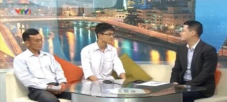 Mạnh Thắng cùng bố có mặt tại trường quay VTV