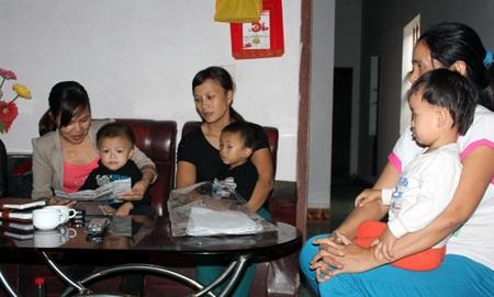Dân kêu cứu vì sống sát hai lò luyện phôi thép ô nhiễm