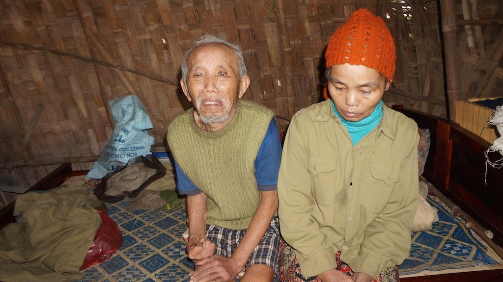 Hai ông bà sống với nhau đã 40 năm nhưng không đăng ký kết hôn, không sổ hộ khẩu, không CMND.