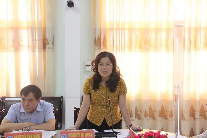 Bà Nguyễn Thị Kim Chi - Giám đốc Sở Giáo dục và Đào tạo tỉnh Nghệ An phát biểu ý kiến.