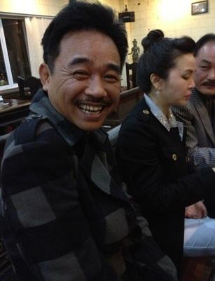 Ngọc Hoàng Quốc Khánh vui vẻ bên bạn bè dịp cuối năm