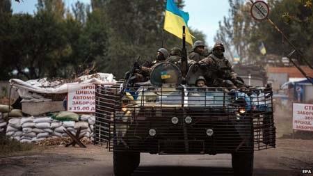 Quân đội Ukraine và phe ly khai sắp ký thỏa thuận ngừng bắn mớ