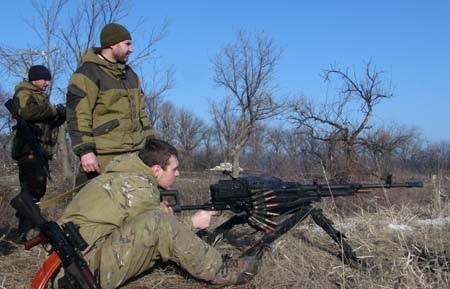 Các tay súng của lực lượng ly khai tại Debaltseve (Ảnh: Tass)