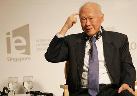 Ông Lý thường được mời tham dự và phát biểu tại các diễn đàn, hội thảo quốc tế về phát triển