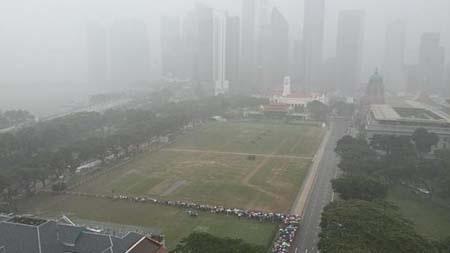 Singapore hôm nay mưa tầm tã