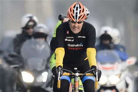 Ông John Kerry là người ưa thích đạp xe (Ảnh: AP)