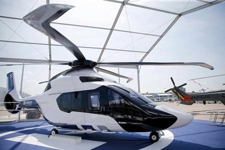 Triển lãm còn quy tụ nhiều mẫu trực thăng bắt mắt, trong đó có H160 của Airbus. (Ảnh: