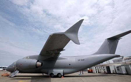 Mẫu máy bay vận tải quân sự Antonov