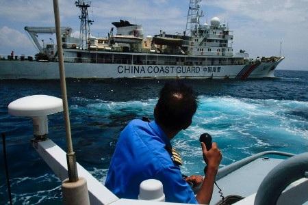 Một tàu tuần tra bờ biển Trung Quốc từng xâm phạm lãnh hải Malaysia năm 2014 (Ảnh: Getty)