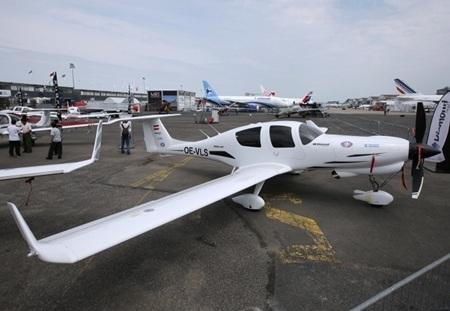Mẫu máy bay cỡ nhỏ của hãng Diamond đến từ Áo. (Ảnh: