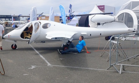 Mẫu máy bayFlaris LAR 01 của Ba Lan. (Ảnh: