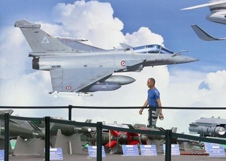 Khu triển lãm chiến đấu cơ Rafale của nước chủ nhà. (Ảnh: