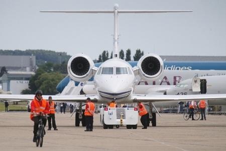 Gulfstream N450 GA, mẫu chuyên cơ thường là đối thủ cạnh tranh với